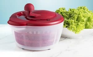 Quels sont les avantages d'une essoreuse à salade?
